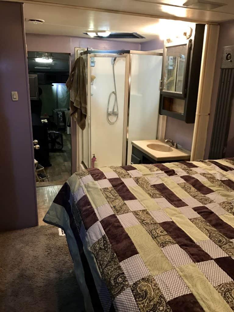RV Makeover Bed Bath