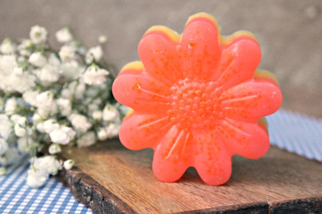 Moisturizing Essential Oil Pink Grapefruit Soap