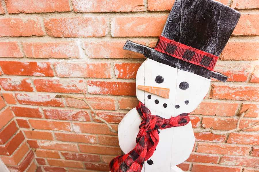 Snowman Featured