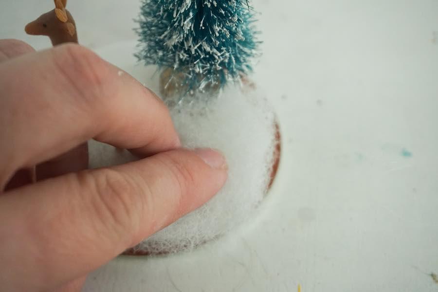 Glue Polyfill to lid