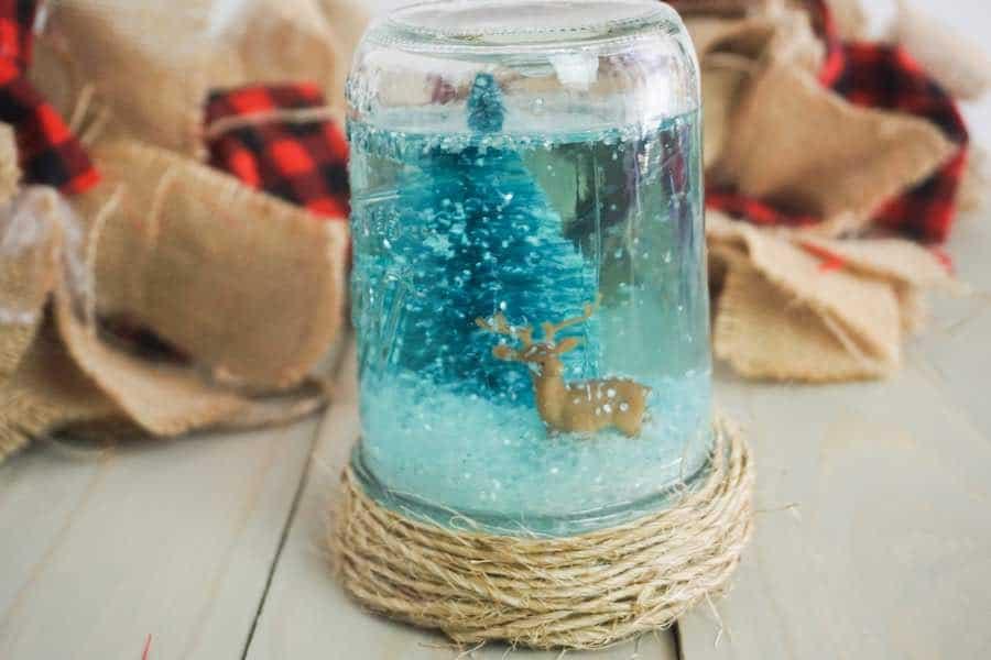 How to Make a Snow Globe in a Mason Jar