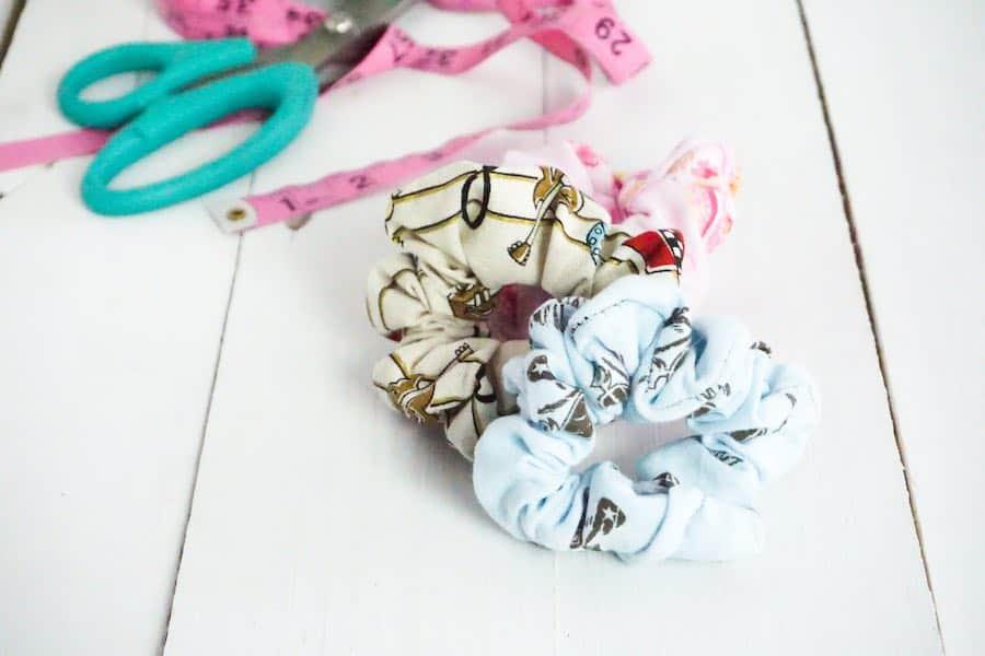 Sew a Scrunchie featured