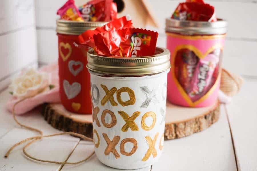 XO mason Jar for Valentines Day