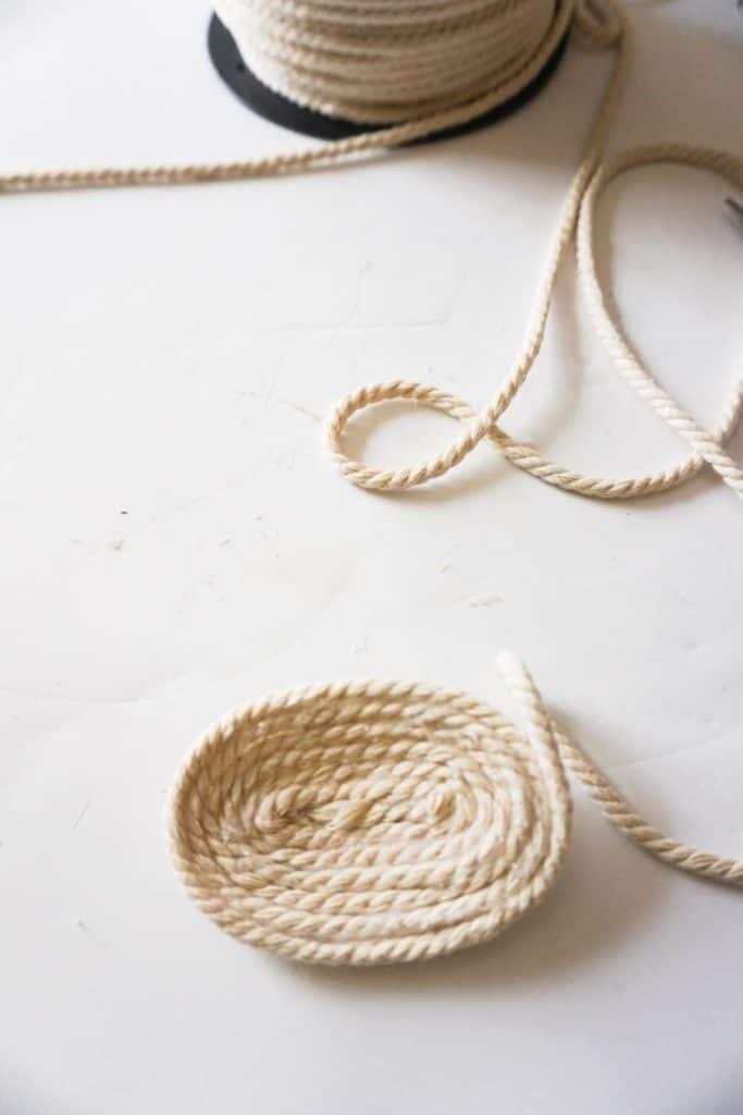 Base for Egg Shaped Rope Basket