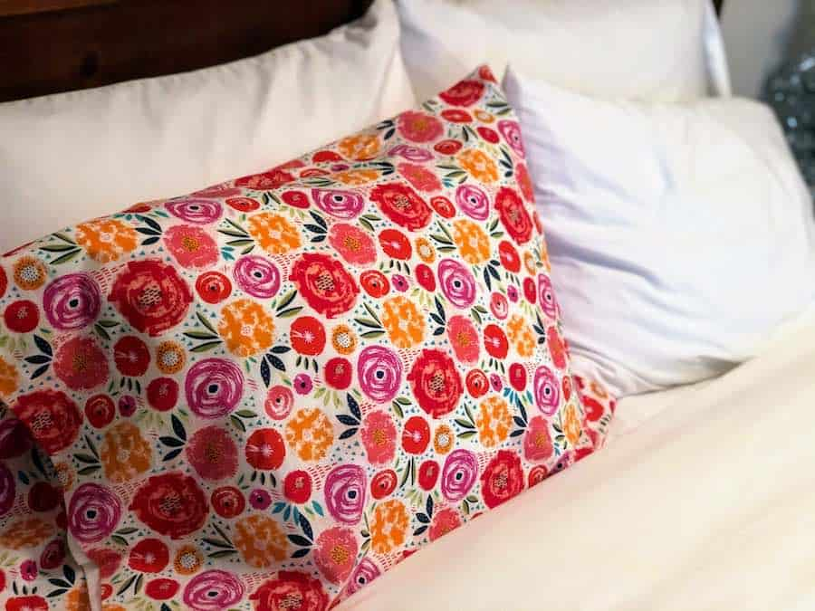 How to sew a pillowcase completed