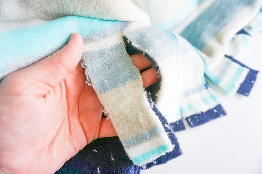 Loose Fleece Blanket Strips