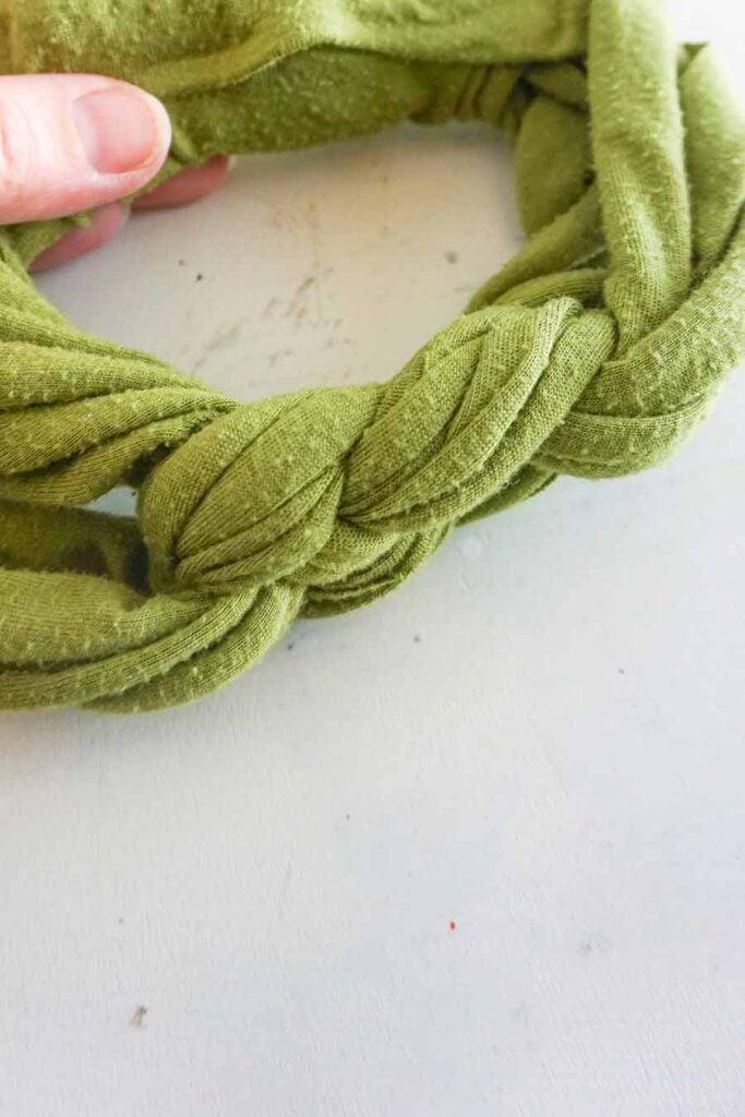 finished Sailor's knot headband