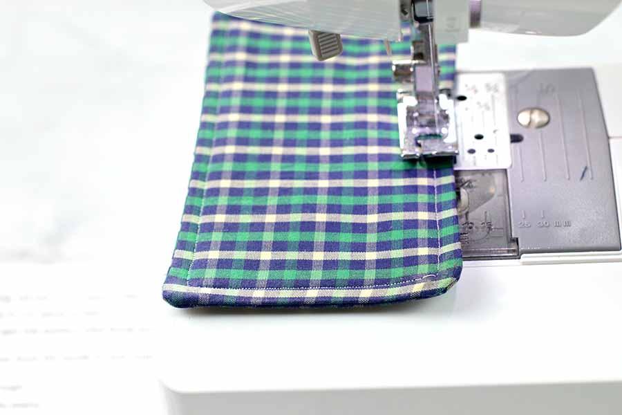 sew around bowtie
