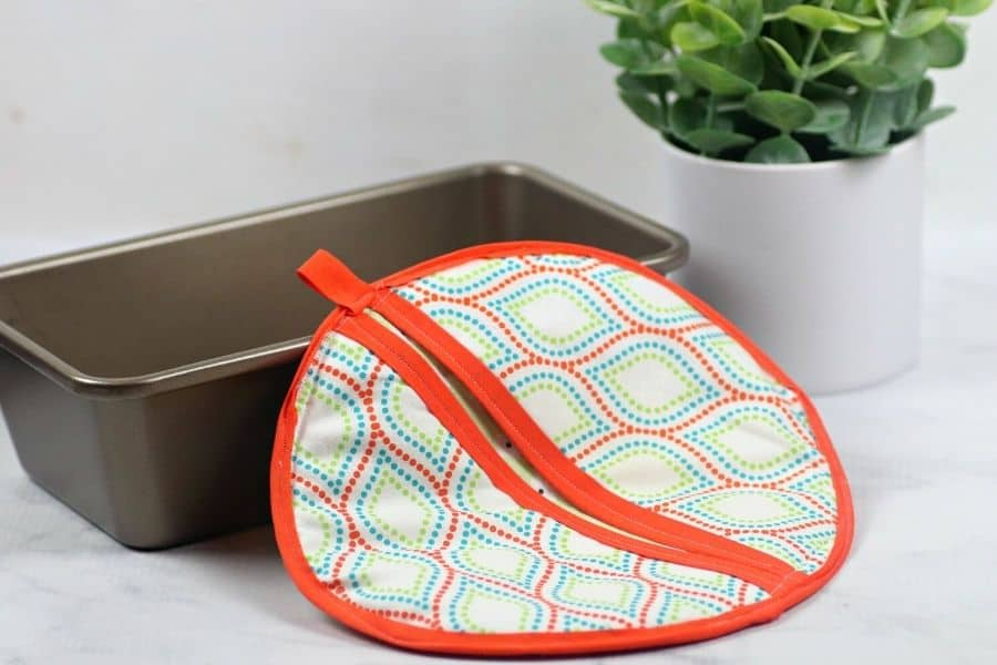 potholder and baking pan