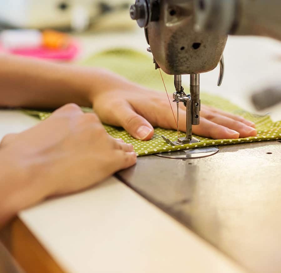 21 Beginner Sewing Projects to make Today!