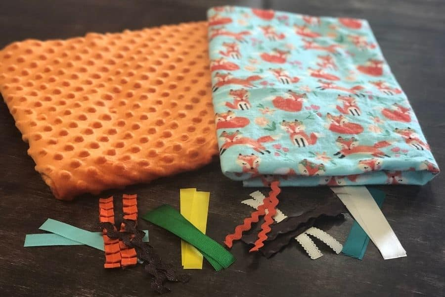 supplies needed for baby tag blanket