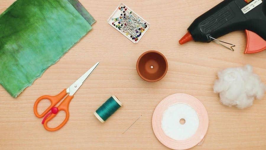 Materials for Cactus Pin cushion