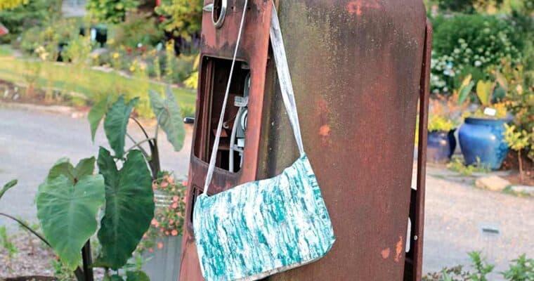 Easy DIY Messenger Bag Tutorial