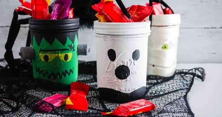 Easy Halloween Mason Jar Crafts