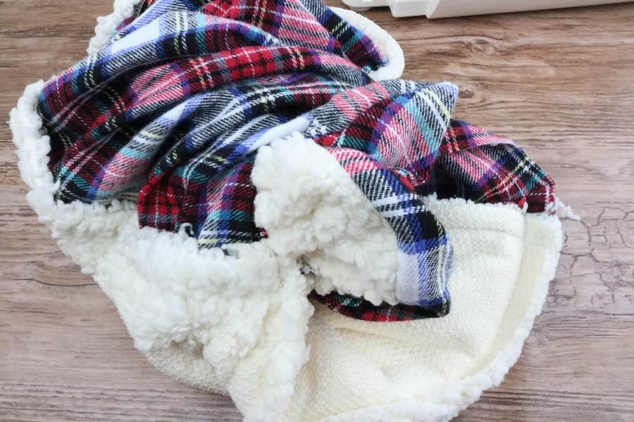 turn cowl scarf