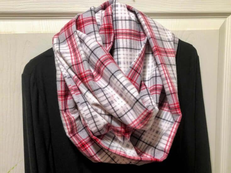 How to sew a Infinity Scarf completed