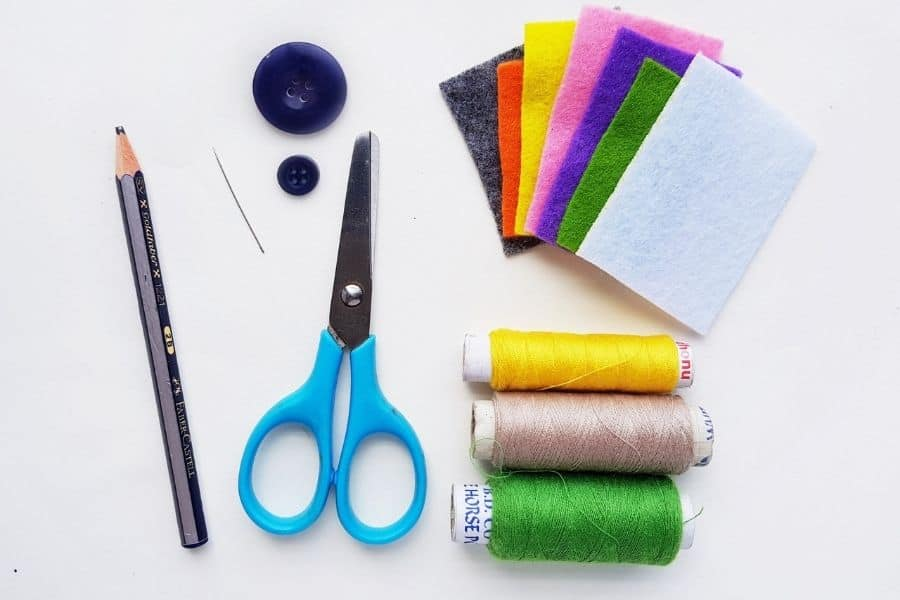 supplies needed for easy felt camper