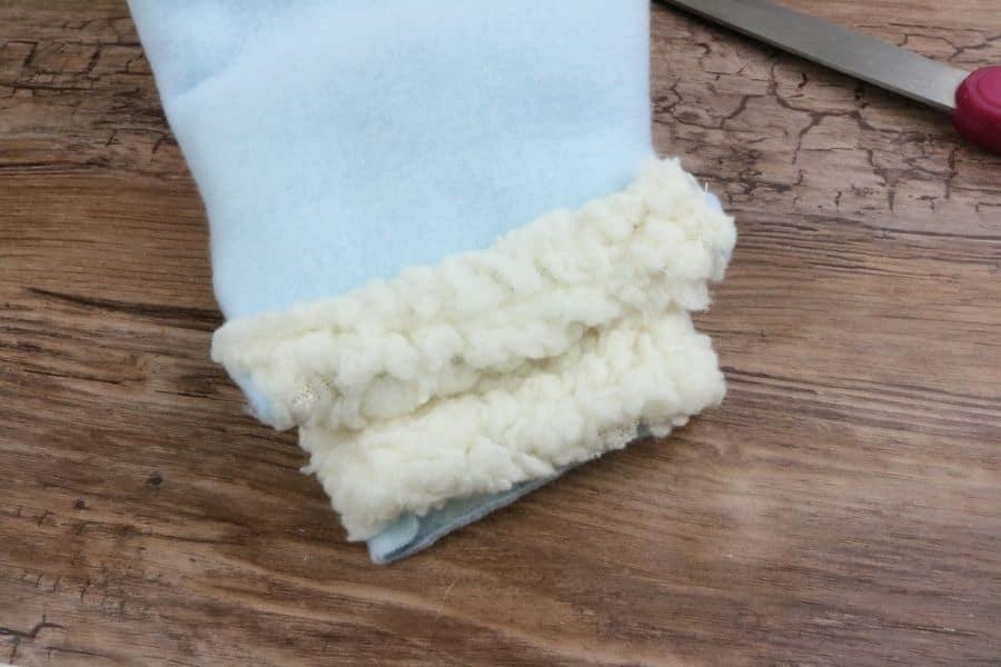 warm mittens bottom