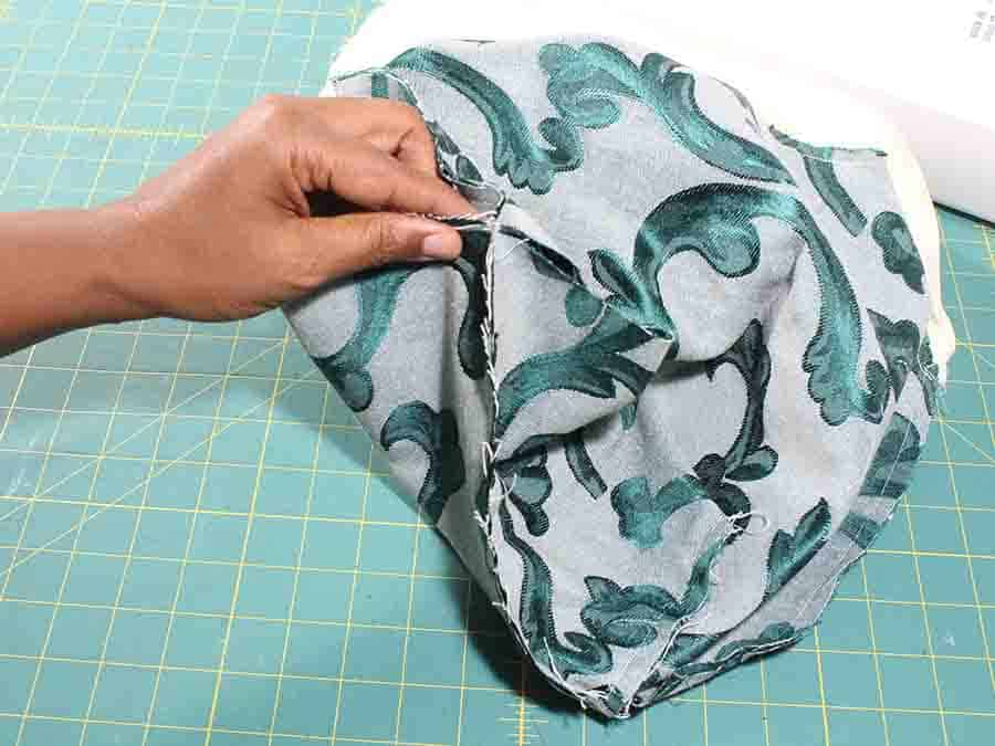 pin and sew bottom of Easy Sew Slouchy Tote Bag together