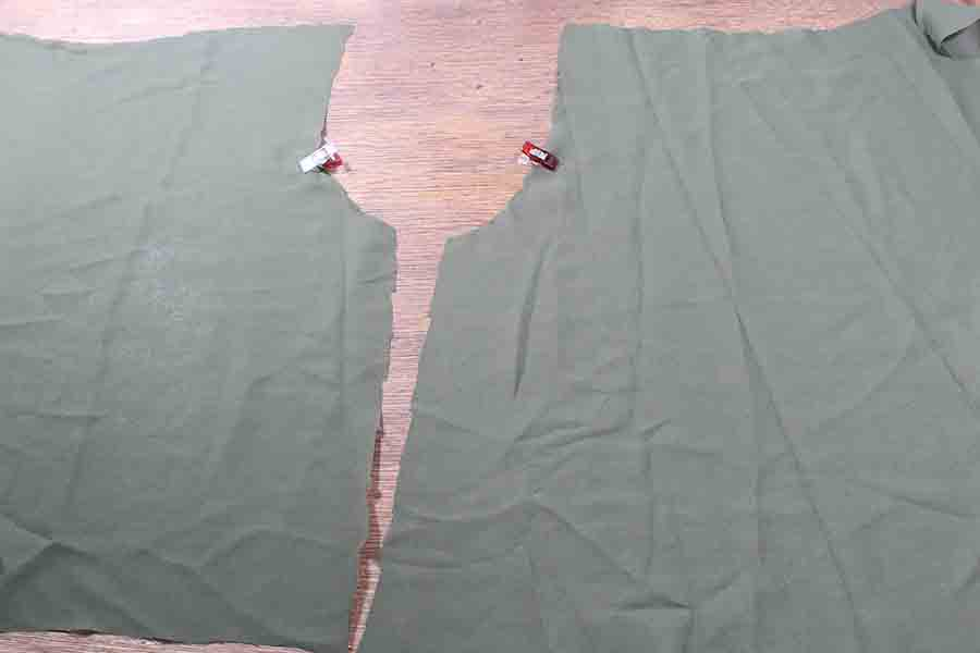 Attaching from of peasant blouse