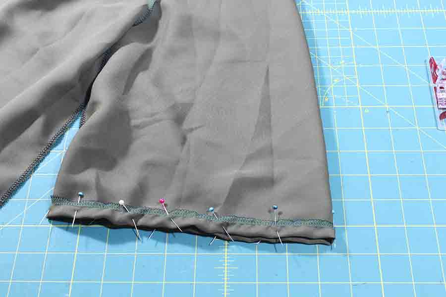 sewing neck and sleeves peasant blouse