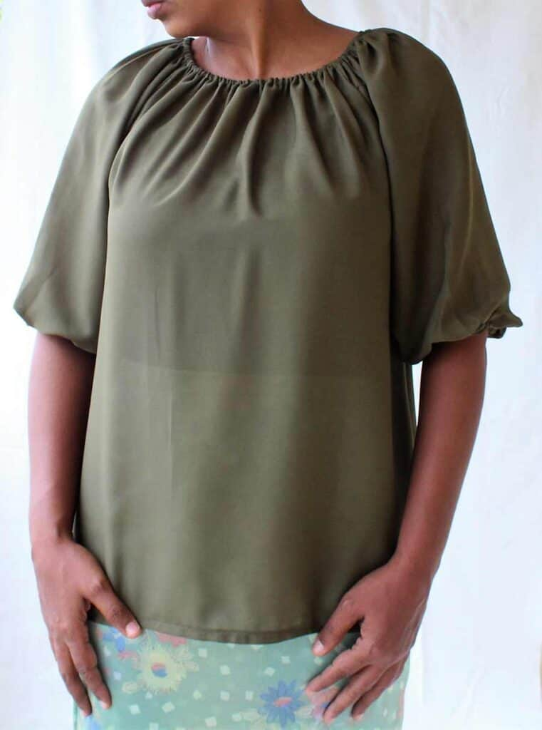 Free Pattern Blouse Pattern With Sewing Tutorial.