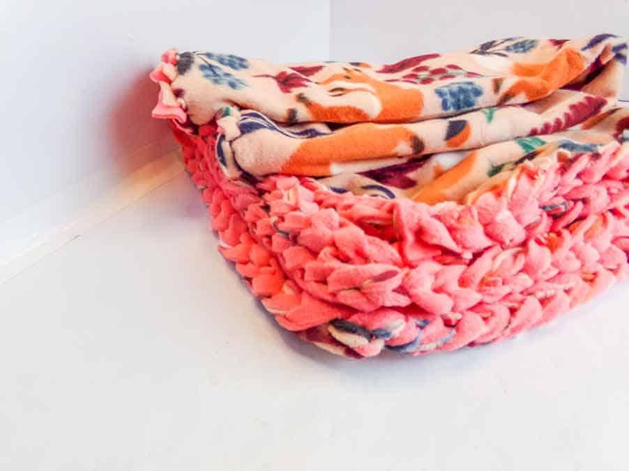no-sew baby blanket supplies