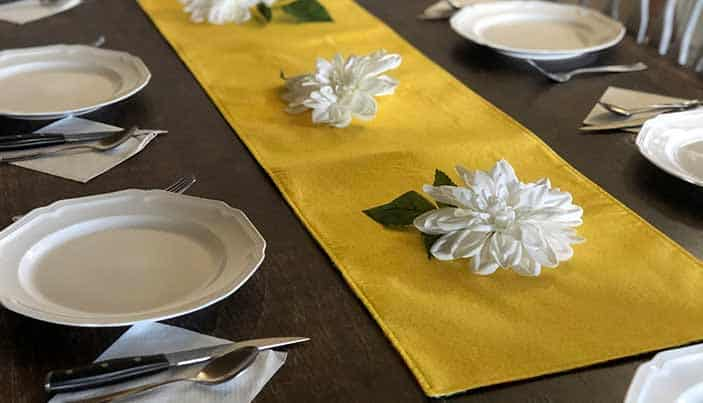 Table Runner Featured Image