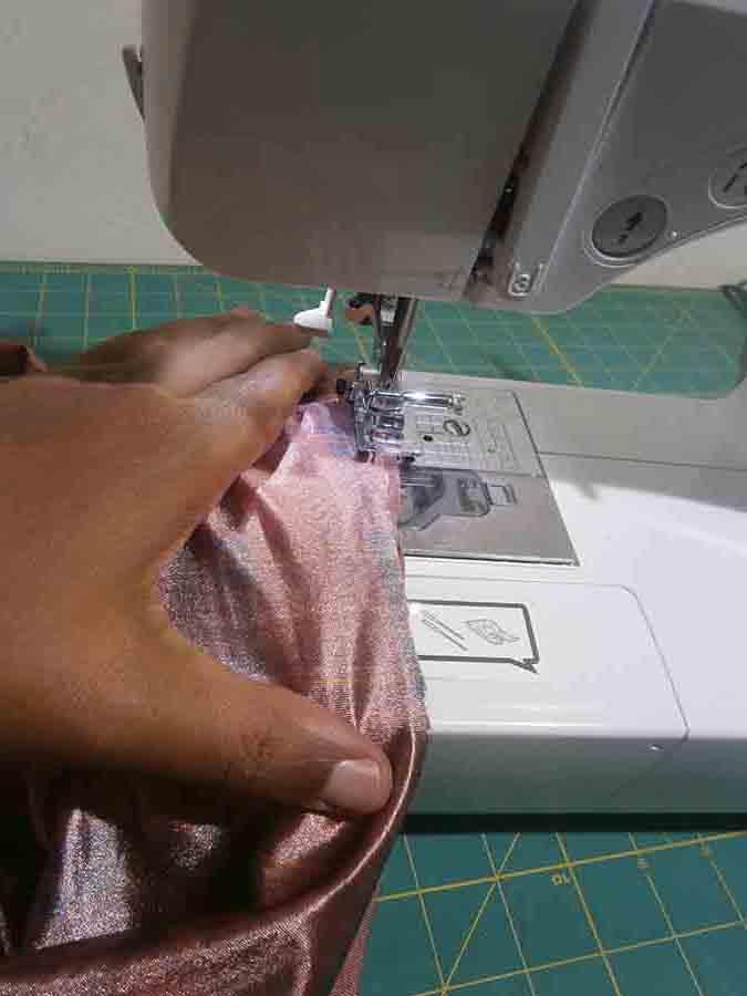 sew swimsuit leg opening elastic