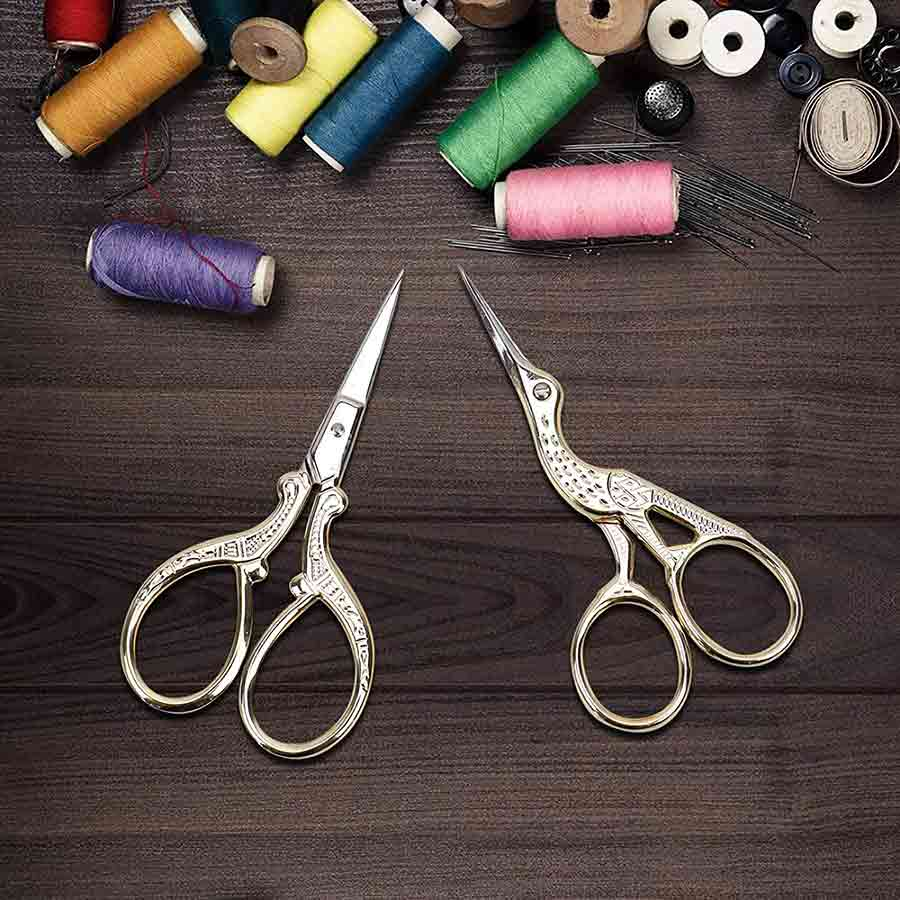 Aqueenly Embroidery Thread Snips