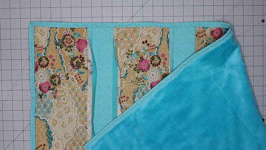 sew binding of baby rag quilt